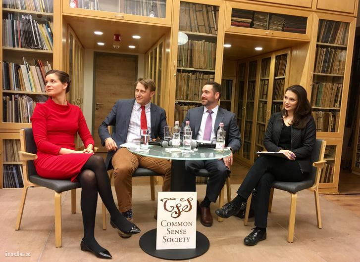 Stumpf Anna, Daniel Lippman, Christopher Malagisi és Mészáros Antónia