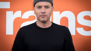 Ewan McGregor nagyon kedélyesen beszélgetett a péniszéről
