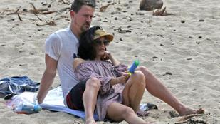 Channing Tatum nyaral, de fölösleges irigyelni érte
