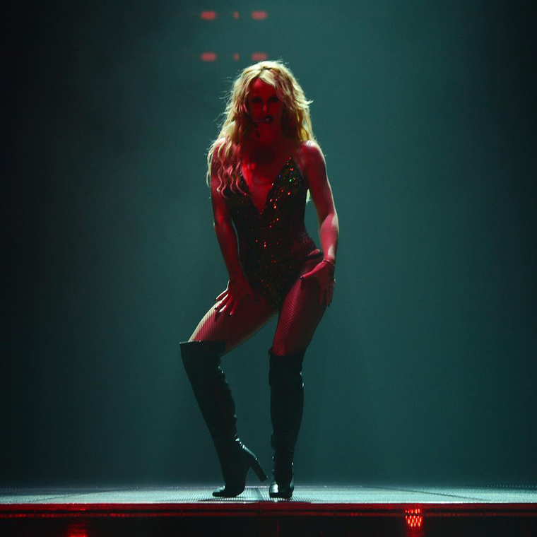 Britney a Planet Hollywood színháztermében koncertezik heti rendszerességgel, ami fizikailag is komoly erőpróbát jelent.