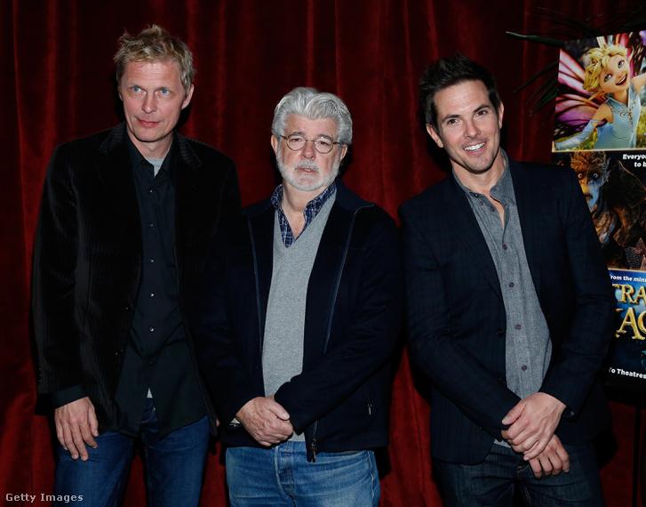 A bal oldalon Marius de Vries, középen George Lucas, jobbra