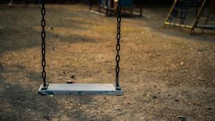 Évekig erőszakolt egy 8 és egy 6 éves kislányt egy csömöri férfi