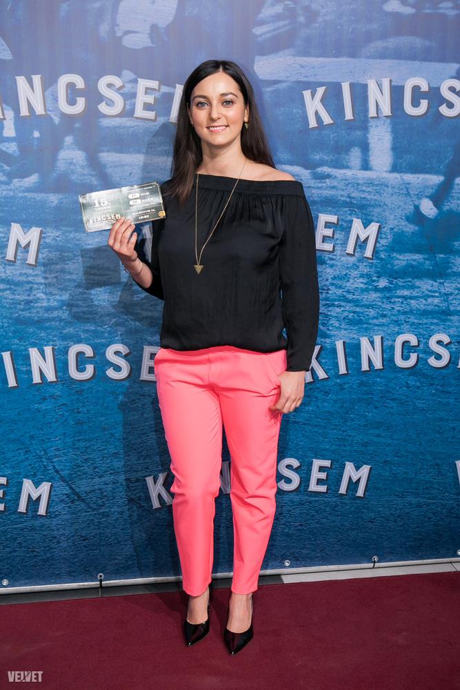 A Dal 2015-ös győztese, Csemer Boggie két és fél hónapja szülte meg kisfiát, de a Kincsem premiert azért nem hagyta ki.
