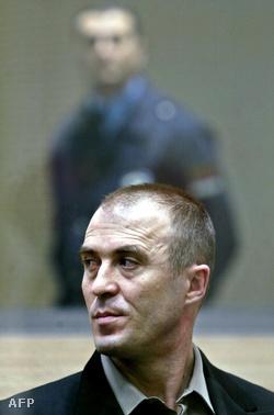 Zvezdan Jovanovics a bíróságon
