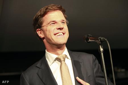Mark Rutte a liberálisok vezetője beszédet mond a választások estéjén