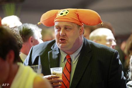 VVD támogató a választás utáni ünneplésen