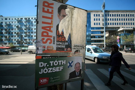 v2010 plakatok6 50