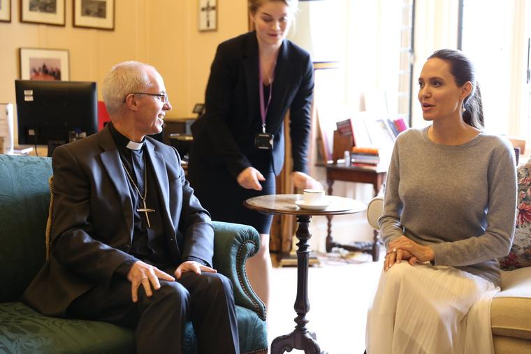 Angelina Jolie és Justin Welby a találkozón
