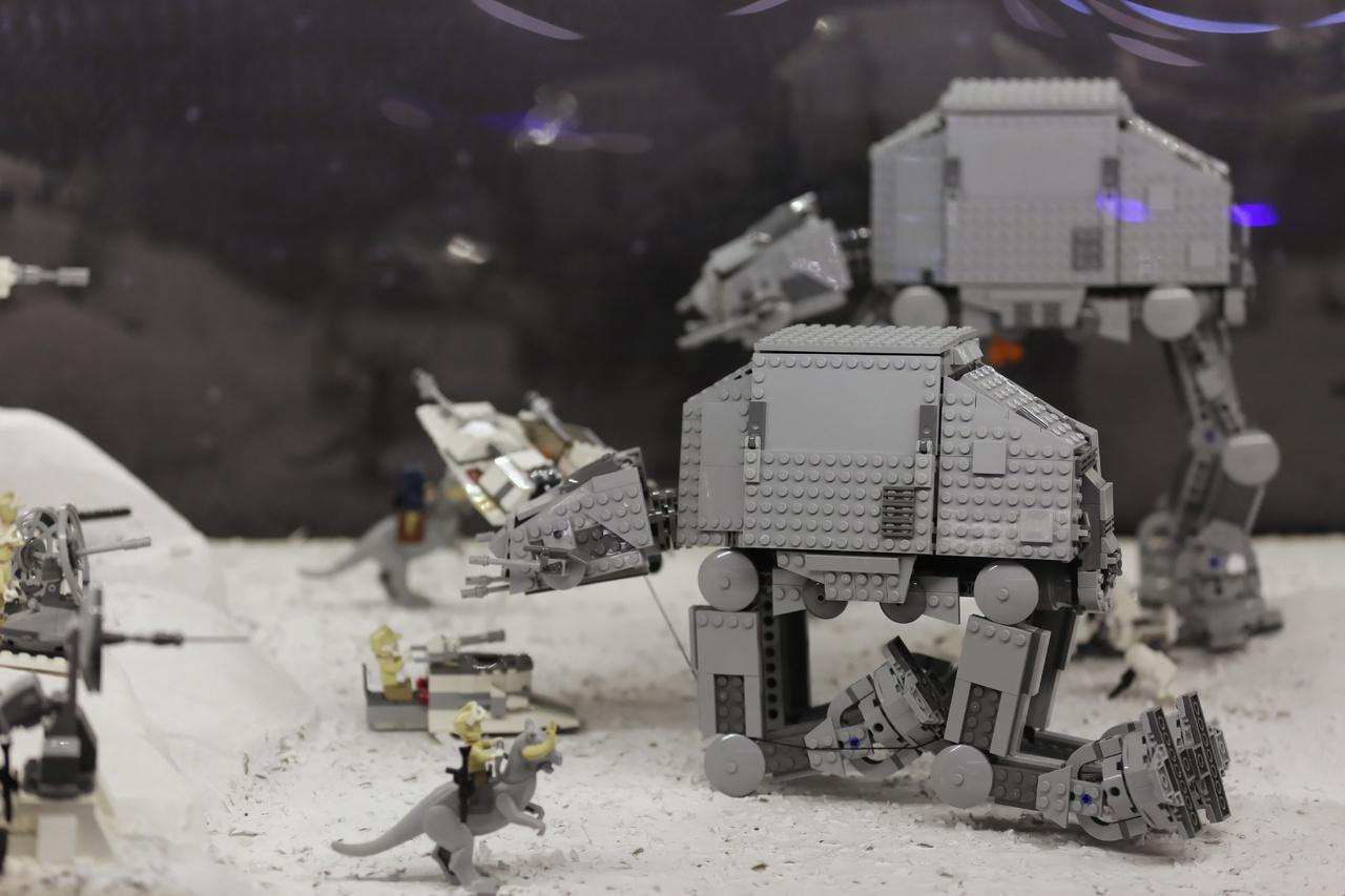 Mozgalmas jelenet a Birodalom visszavágból.