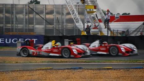 Le Mansban kettős győzelem terem az Audinak, és tesztelhetik az utcára szánt műszaki megoldásokat. Nem kell ennél jobb cégér.