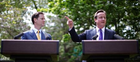Nick Clegg és David Cameron