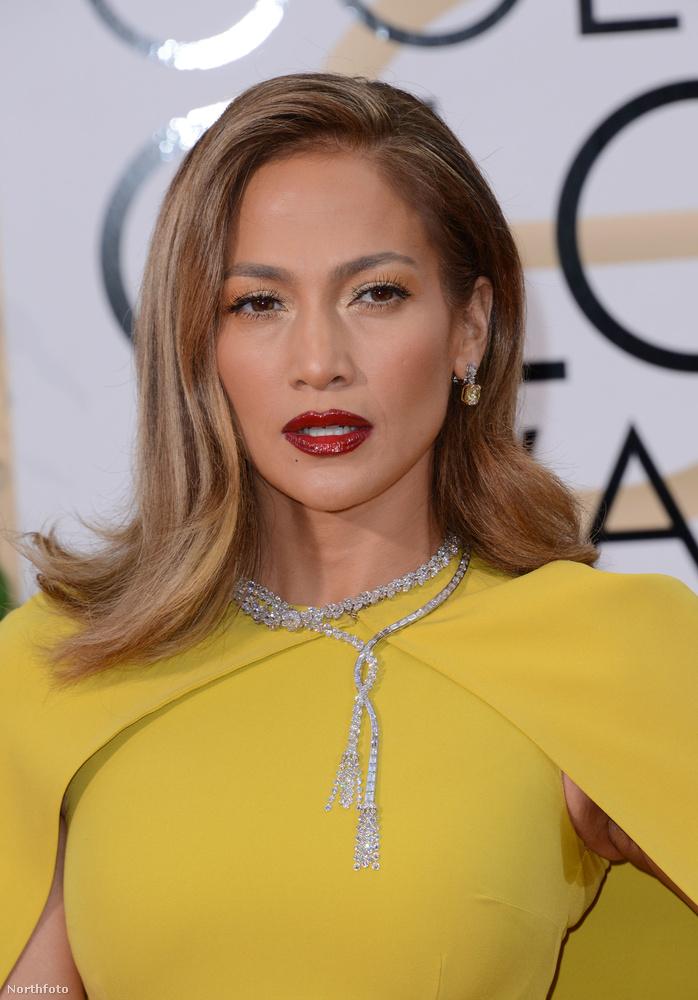 Mint Jennifer Lopez 2017-es Golden Globe-gálára felvett ruhája.