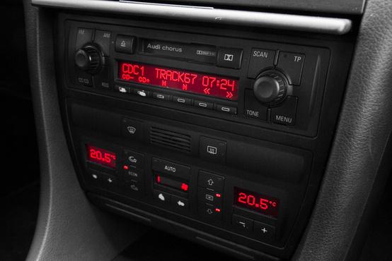 A digitális klíma vezérlőegysége ugyancsak kényes pontja tud lenni nemcsak az A6-nak, hanem a korszak többi Audijának is