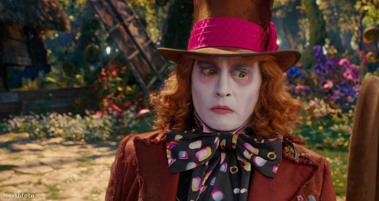 Hogy Johnny Depp kalapot visel