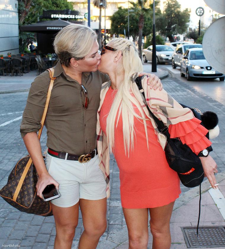 Rodrigo Alves ezzel a Danniella Westbrookkal is csókolózik.
