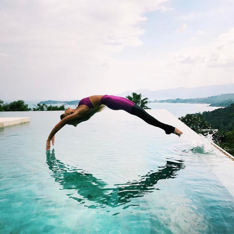 Az Alo Yoga már korábban is a kedvence volt, így örömmel mondott igent, amikor a cég felkérte, hogy legyen a nagykövetük.