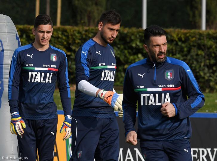 Alex Meret, Donnarumma és Buffon az edzésen