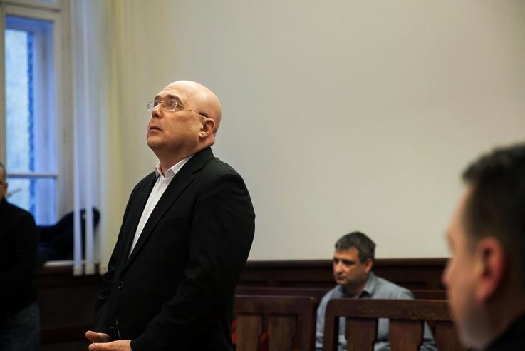 A bírónak azt mondta, hogy rettenetesen sajnálja a balesetet és okult belőle.