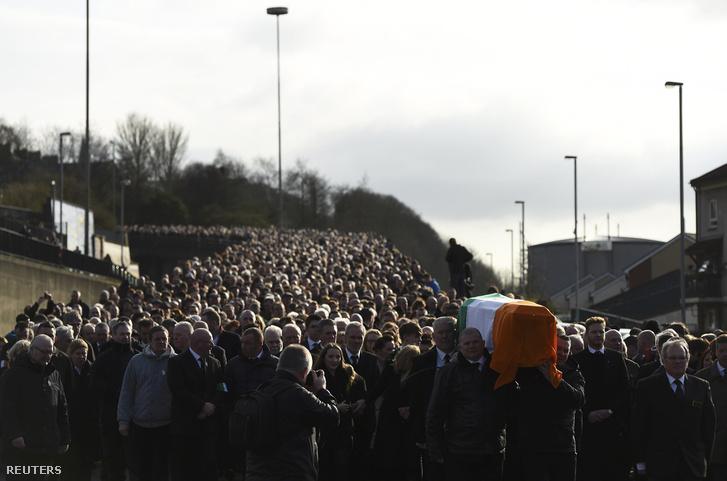Martin McGuinness temetési menete