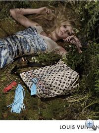 Egy eredeti LV táskáért mélyen a zsebünkbe kell nyúlnunk.