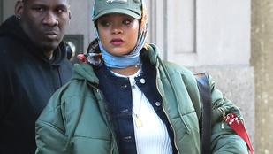 Rihanna eggyel több kabátot vett fel magára, mint amennyi indokolt