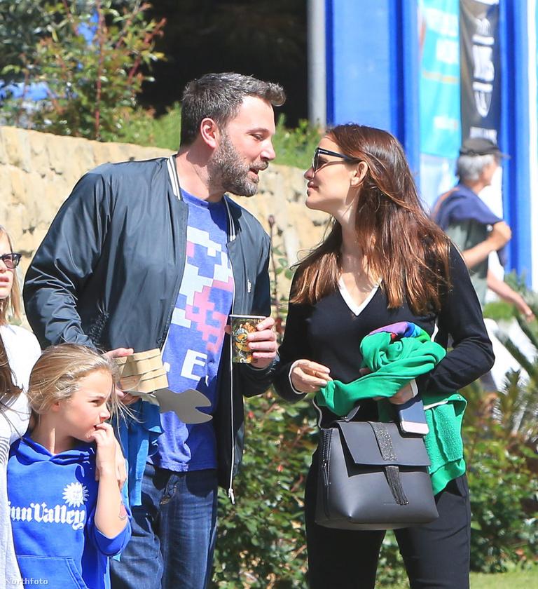 Hiszen már többször is arról szóltak a hírek, hogy válni fognak, legutóbb idén februárban   akart szakítani férjével Jennifer Garner