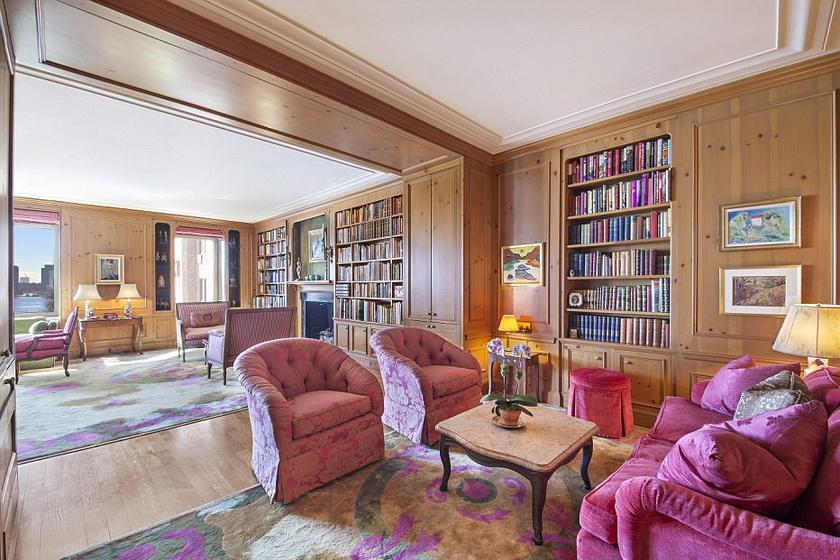 Ez volt a színésznő nappalija: a rózsaszín színvilág klasszikusan az ő stílusát idézi.