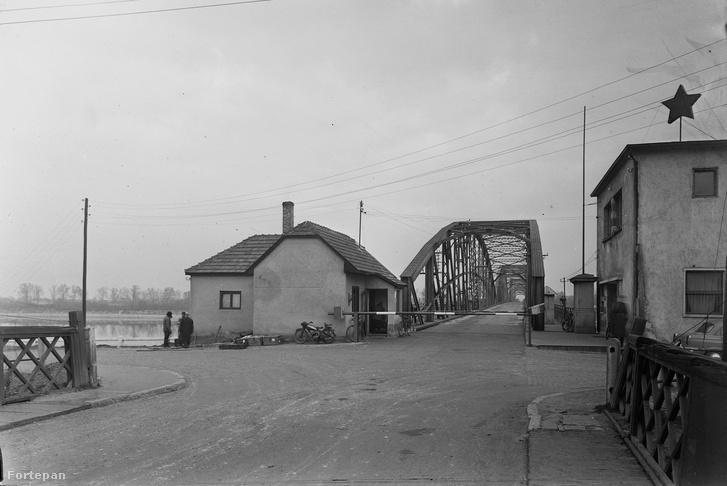 Határátkelő a komáromi Erzsébet hídnál