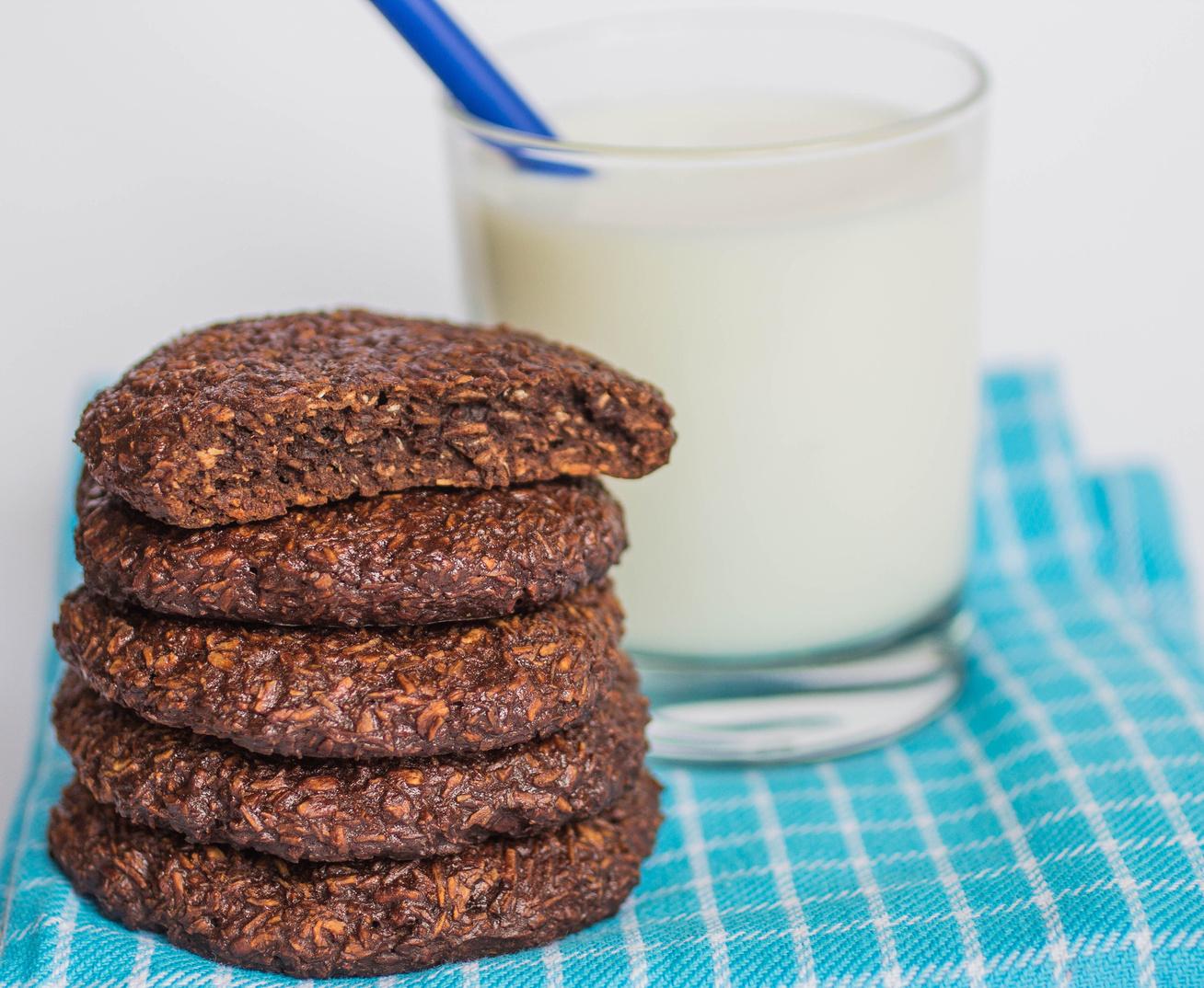 Szuper kókuszos-csokis keksz, amiből nem lehet eleget sütni