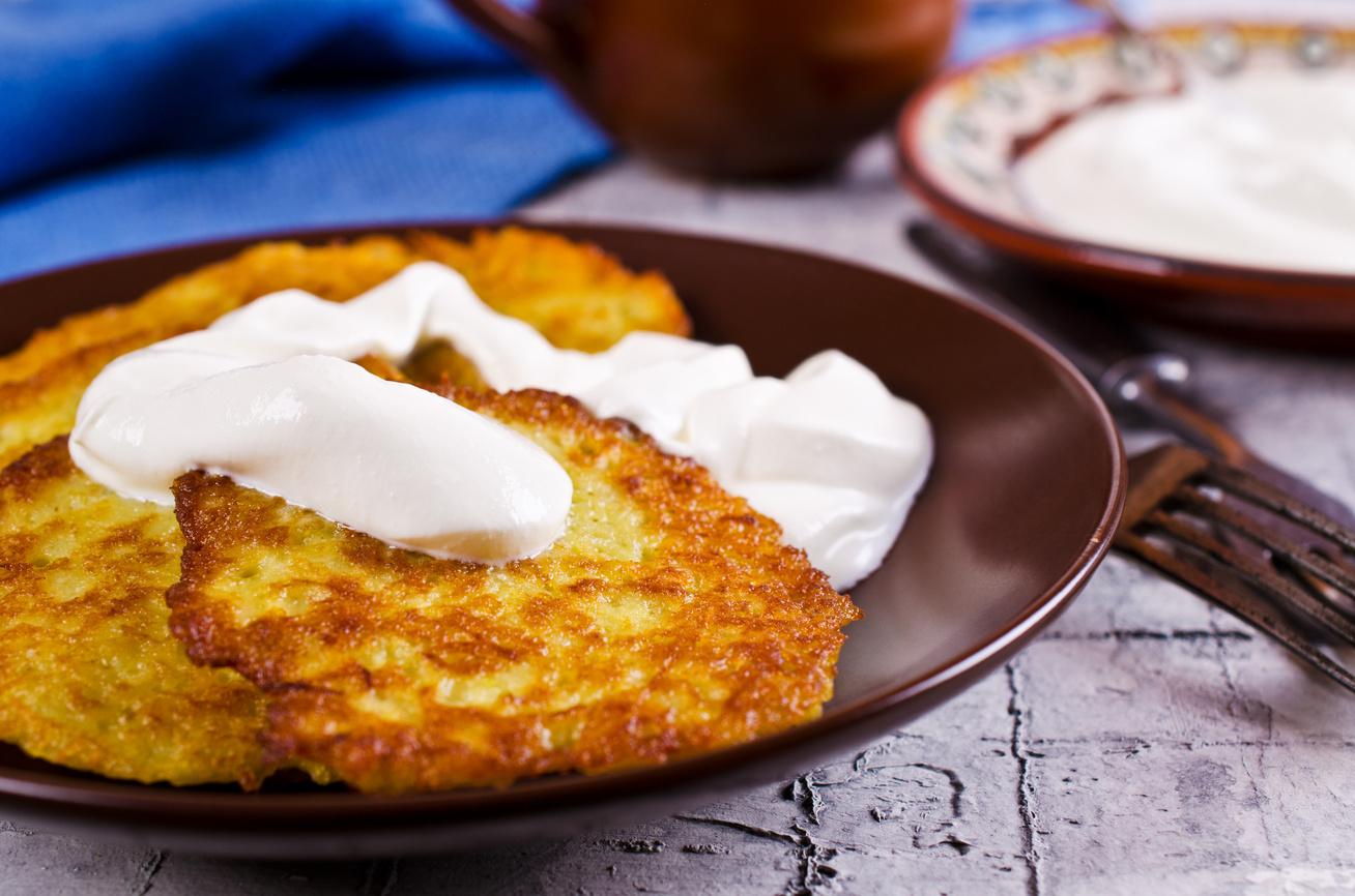 Sajtos tócsni sok fokhagymával - Ilyen finom krumplilepényt még nem készítettél