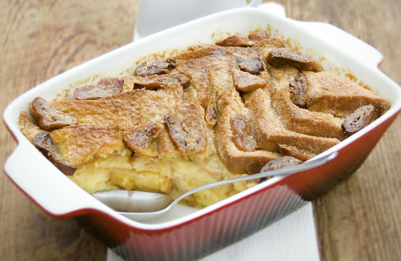 Száraz kenyér az alapja ennek az isteni sütinek: az eredeti kenyérpuding receptje