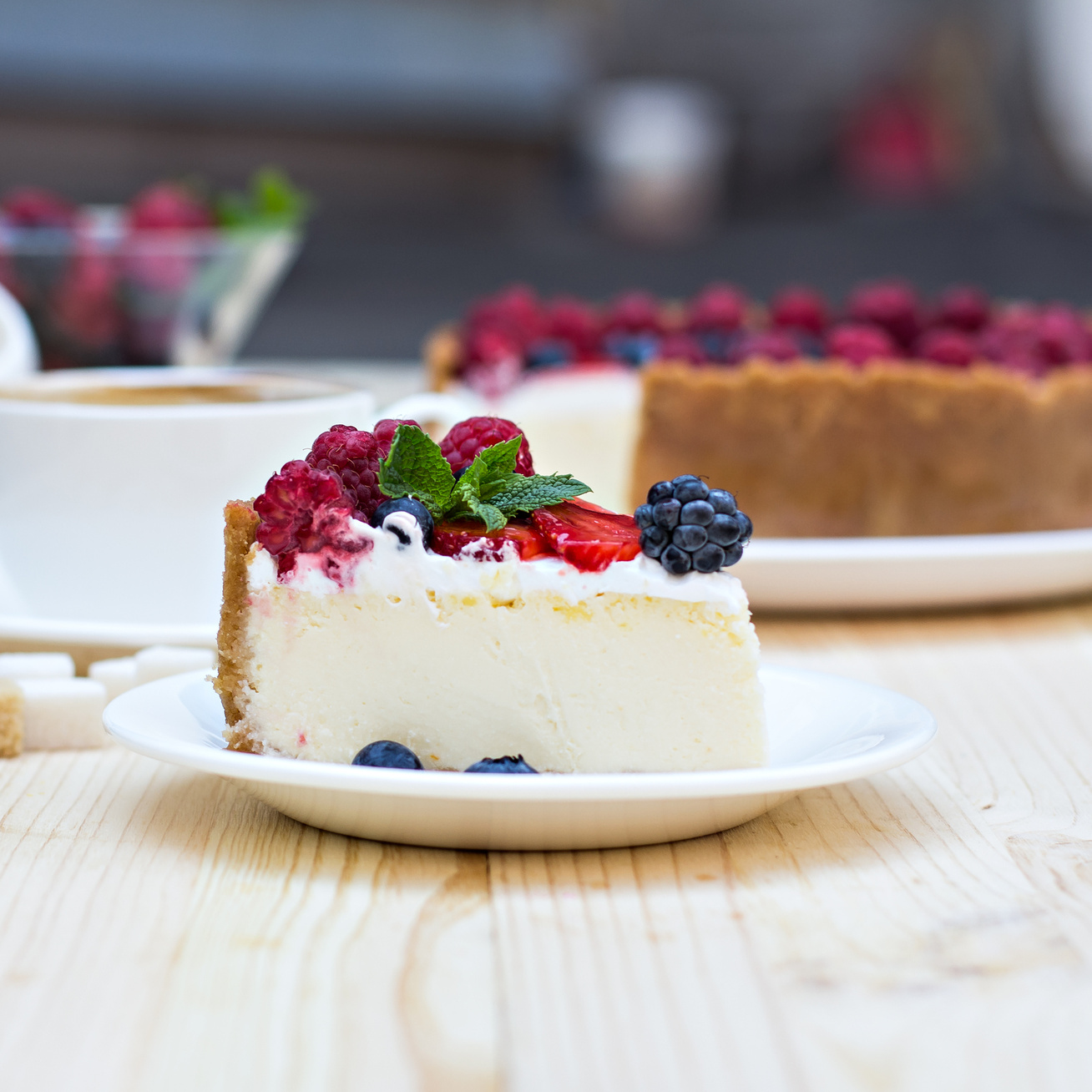 Isteni sütés nélküli gyümölcsös joghurttorta