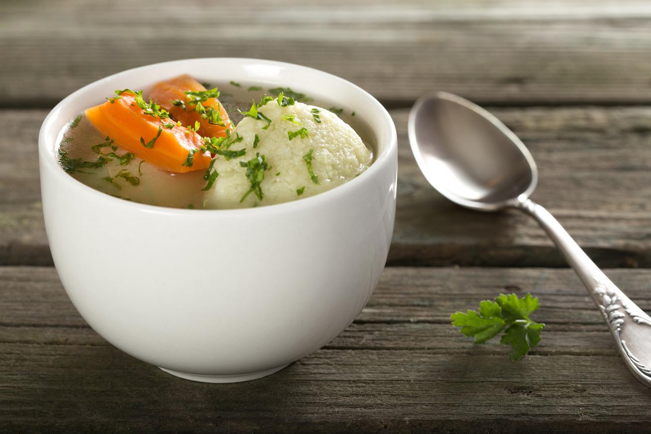 Egyszerű zöldségleves grízgaluskával