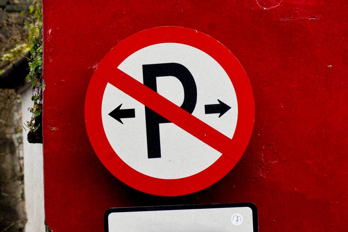 nagykep?cikkid=171018&kep=parkolni-tilos-lead