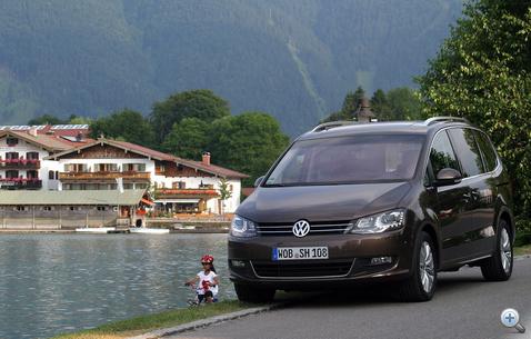 A Sharan tervezését Walter de Silva, a konszern vezető tervezője, és Klaus Bischoff, a VW márka vezető tervezője irányította