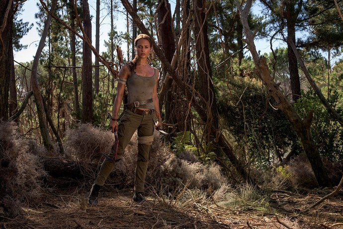 Alicia-Vikander-as-Lara-Croft-Tomb-Raider-01
