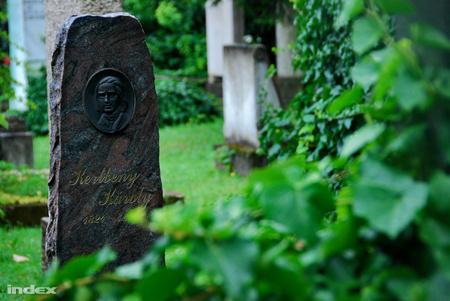 Kertbeny Károly síremléke a Kerepesi temetőben (Fotó: Bödör Adrián )