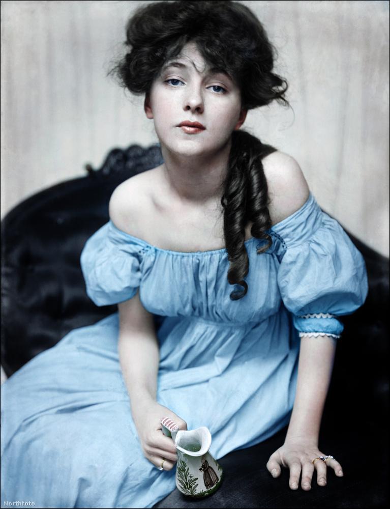 Ő Evelyn Nesbit, a világ első szupermodellje, aki azelőtt volt szupermodell, hogy a divatmodellkedést, mint menő szakmát, illetve a szupermodell szót kitalálták volna