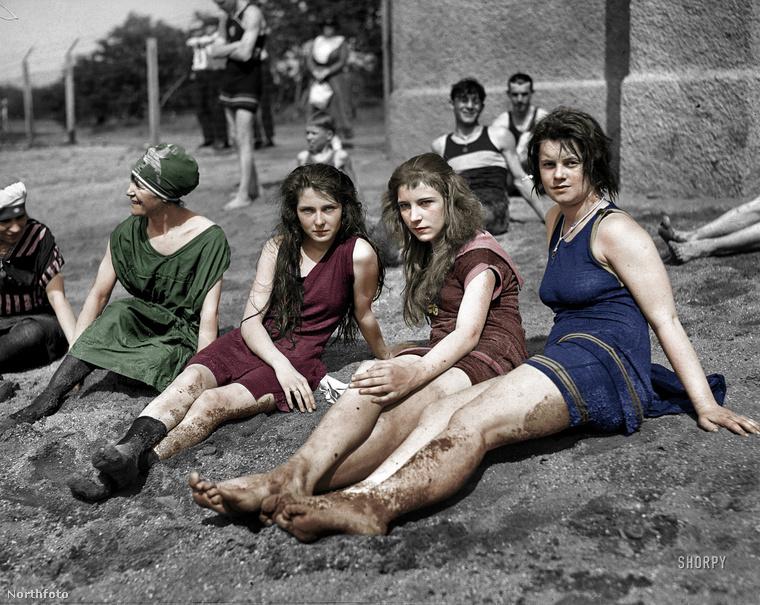 Így fürdőztek a hölgyek 1922-ben Virginiában