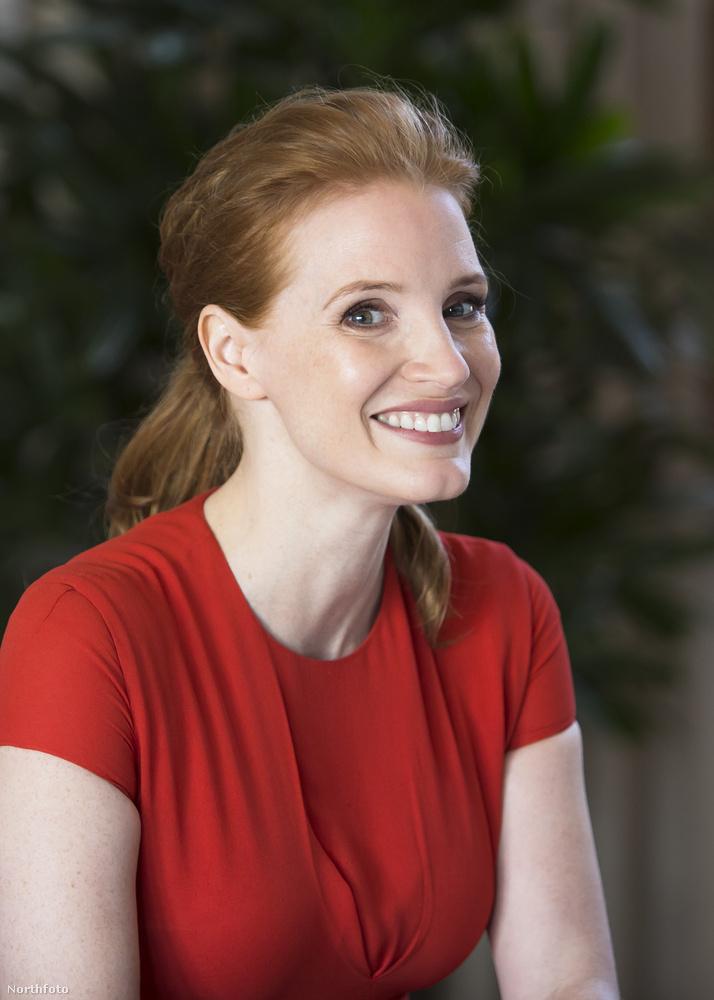 A színésznő egyébként mostanában egyre több helyen szólal fel a nemek közötti egyenlőségért