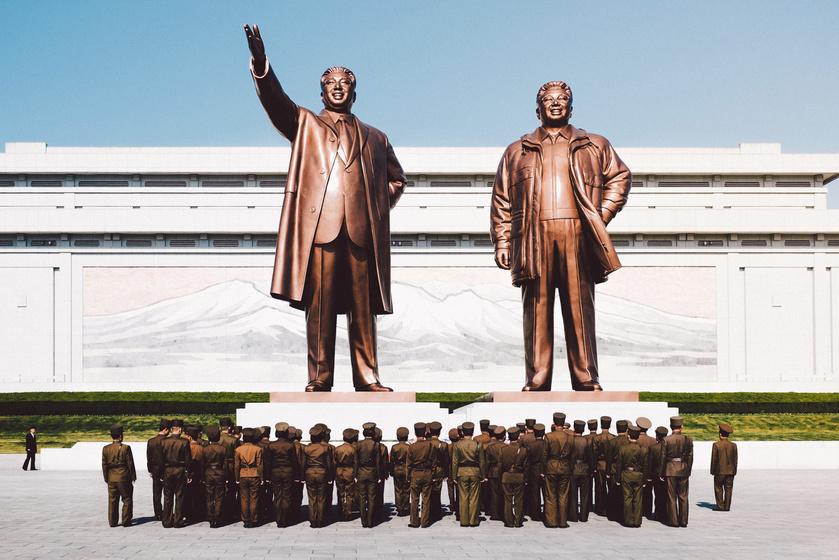 eszak-korea-szobor
