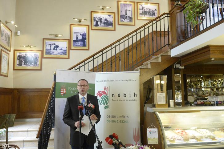 Zsigó Róbert a Földművelésügyi Minisztérium (FM) élelmiszerlánc-felügyeletért felelős államtitkára