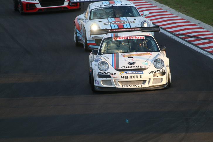 Endurance győzelmet hozott a Porsche a Hungaroringen