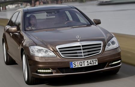 Mercedes S osztály - a legkevésbé hivalkodó márkajellel