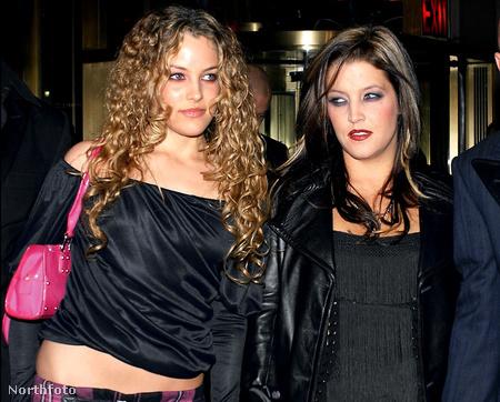 Riley Keough az anyjával, Lisa Marie Presley-vel
