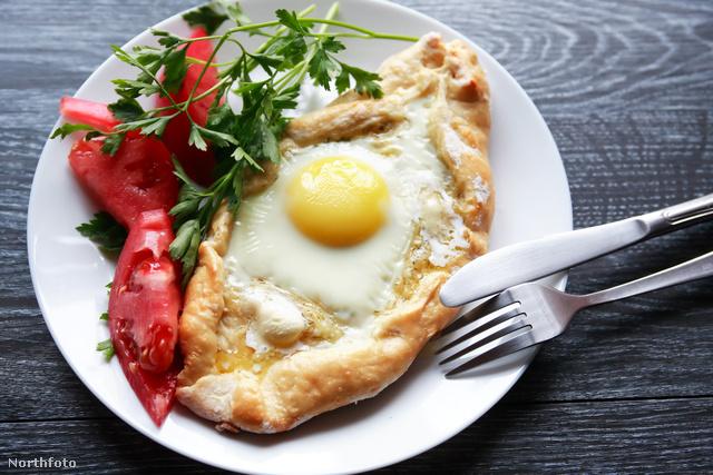 Hacsapuri tojással reggelire – egyébként a nap minden szakában eszik