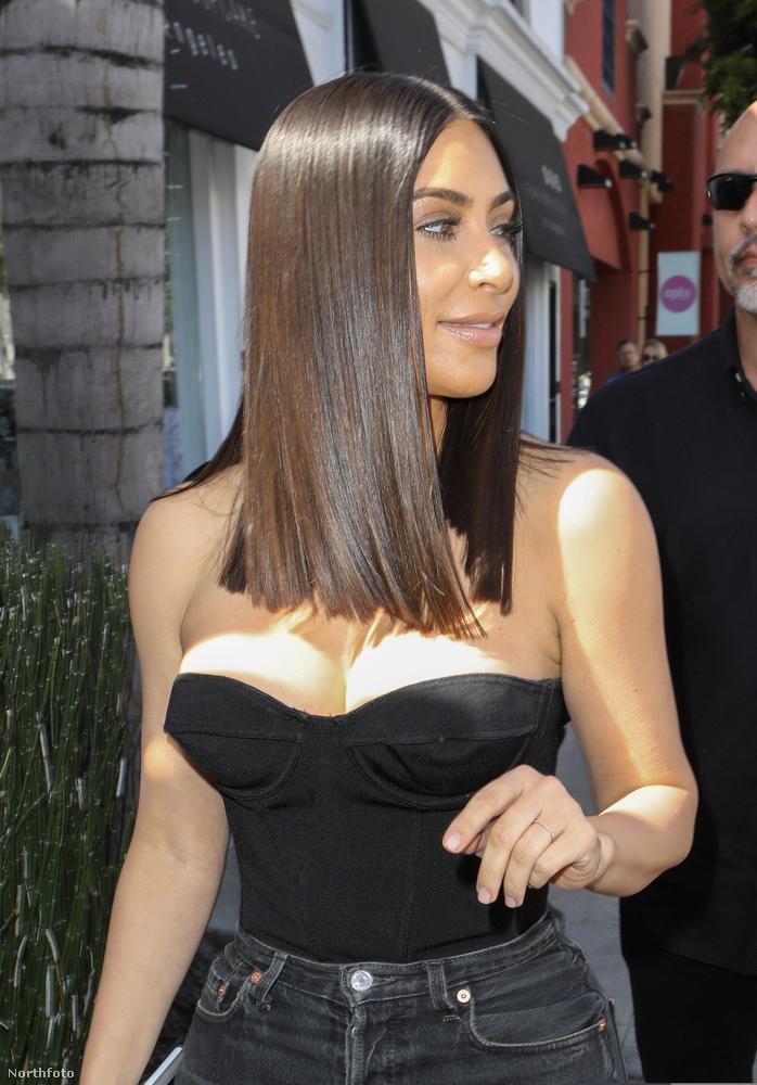 Mostanra azonban rendeződni látszik a helyzet: Kardashian legutóbb azért került a hírekbe, mert szeretne még egy gyereket (már van nekik kettő)