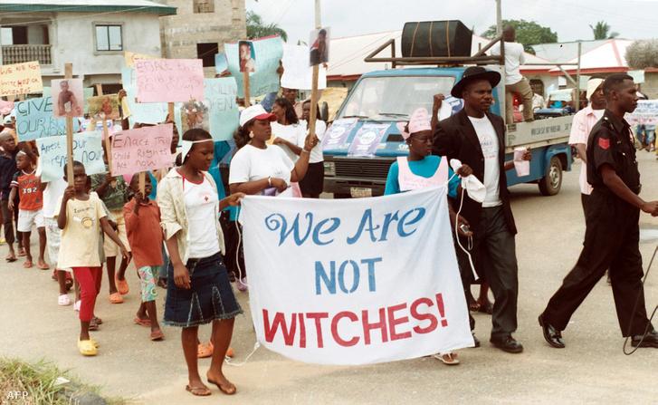Nigériai gyerekek tüntetnek a boszorkányüldözés ellen (2009.)
