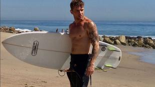 Emlékszik még Ryan Phillippe-re? Most olajba mártózott és meghempergett a tengerparton