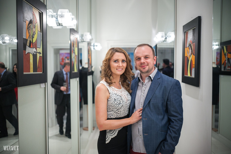 Albert László neve az utóbbi években csaknem az egész világon ismerté vált.A kaposvári festőművész képei számos nemzetközi kiállításon szerepeltek, például  Miamiban, Pomonában, Santa Fében, Dubaiban vagy éppen Párizs is.De kezdjük inkább az elején!